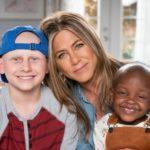 Jennifer Anniston and children from St. Judes
